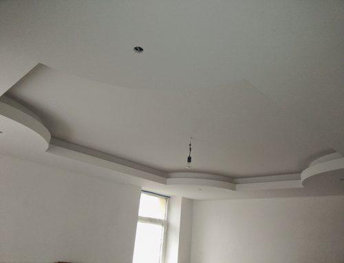 Okrasni spuščeni stropovi